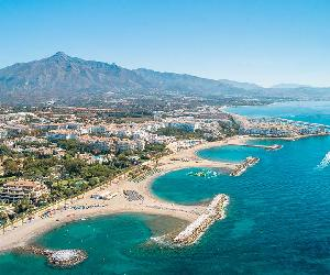 https://www.amarehotels.com/wp-content/uploads/2020/01/marbella-aerial-view.jpg