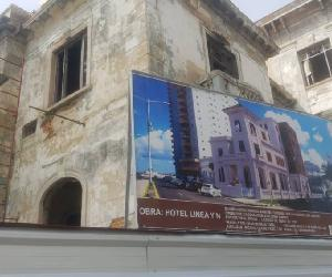 https://www.excelenciascuba.com/sites/default/files/inline-images/Hotel%20en%20construccion2.JPG