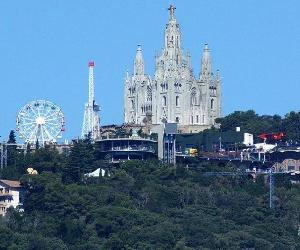https://cronicaglobal.elespanol.com/uploads/s1/83/84/87/6/tibidabo_11_1000x528.jpeg